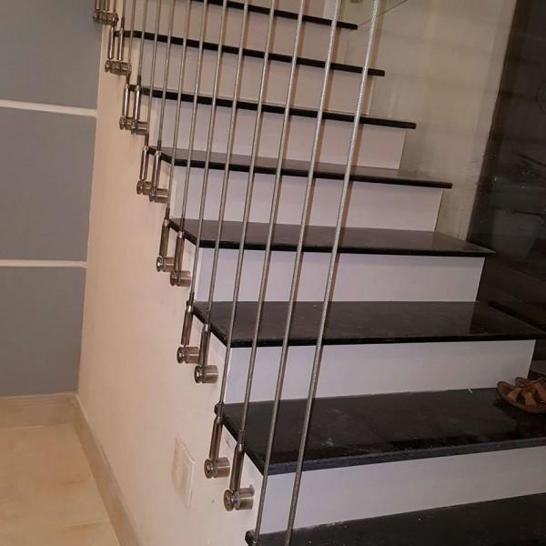 mẫu cầu thang dây cáp đẹp